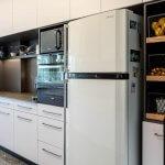 מטבח וחדרים בבית פרטי